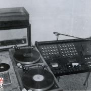 radio aut 00 998 x 811